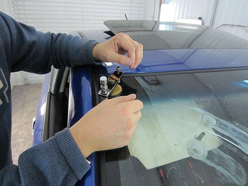 Лобовое стекло автомобиля при тех осмотре